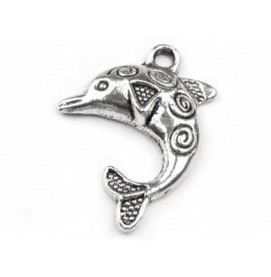 Delfin alakú medál
