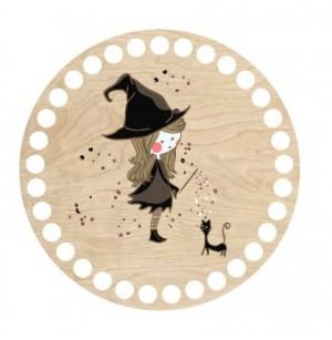 Horgolható fa alap kör Ø15 cm - kis boszorkány lány